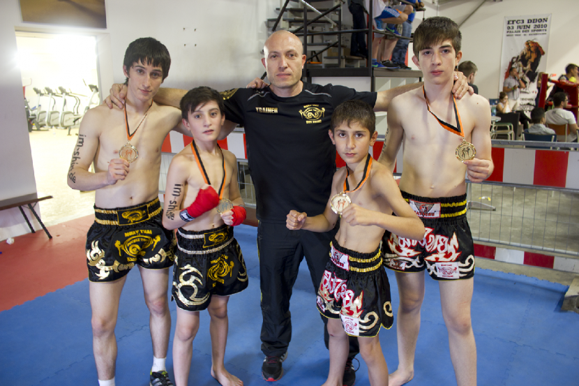 4 mal Gold in Muay Thai und Boxen - I.S- Double Touch GYM Dresden e.V.